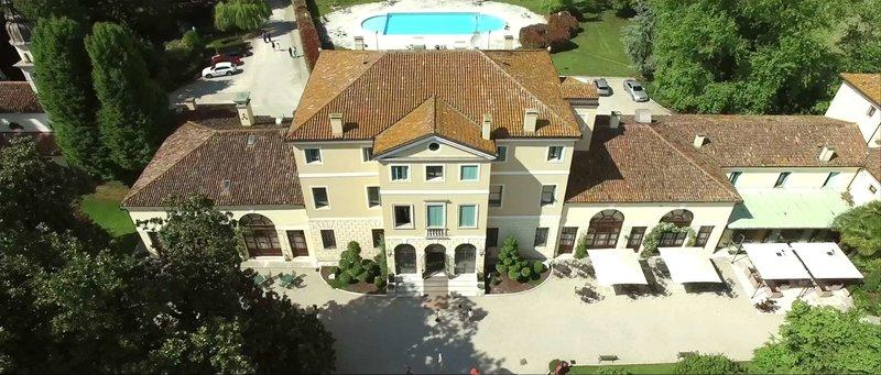 Best Western Plus Hotel Villa Tacchi Außenaufnahme