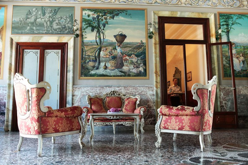 Best Western Plus Hotel Villa Tacchi Lounge/Empfang