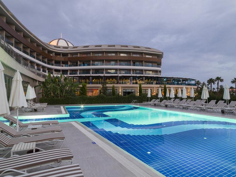 TUI MAGIC LIFE Jacaranda Pool