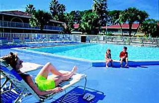 Quality Inn & Suites Eastgate Pool