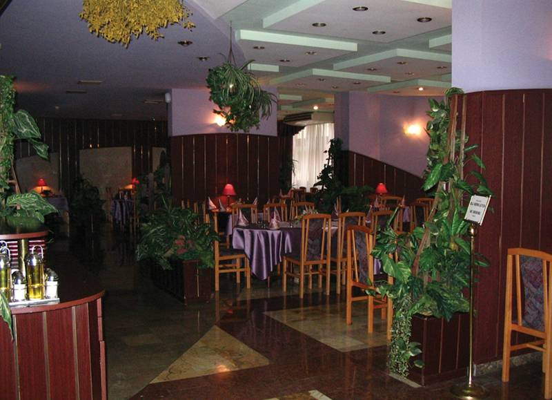 Sangate Hotel Airport Restaurant