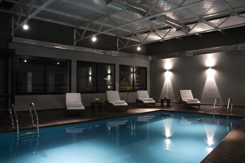 Monserrat Apart Hotel Pool