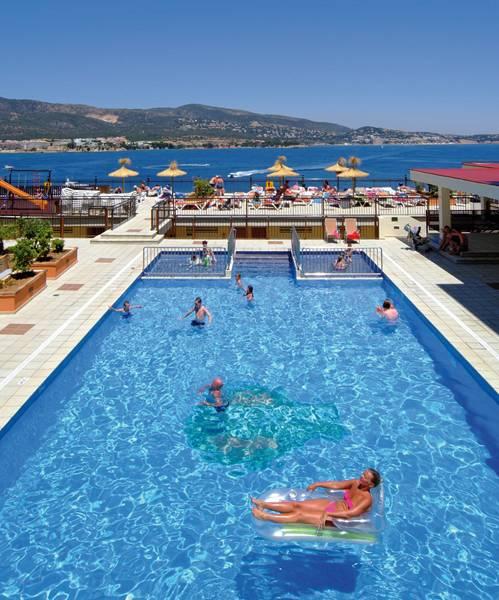 Alua Palmanova Bay Pool