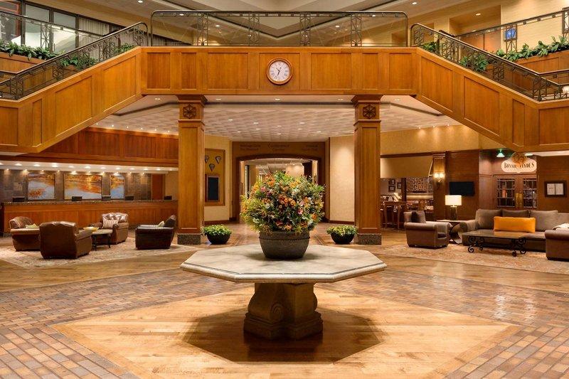 Hilton DFW Lakes Executive Conference Center Lounge/Empfang