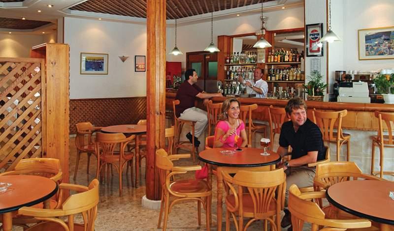 RH Canfali Gastrohotel Bar
