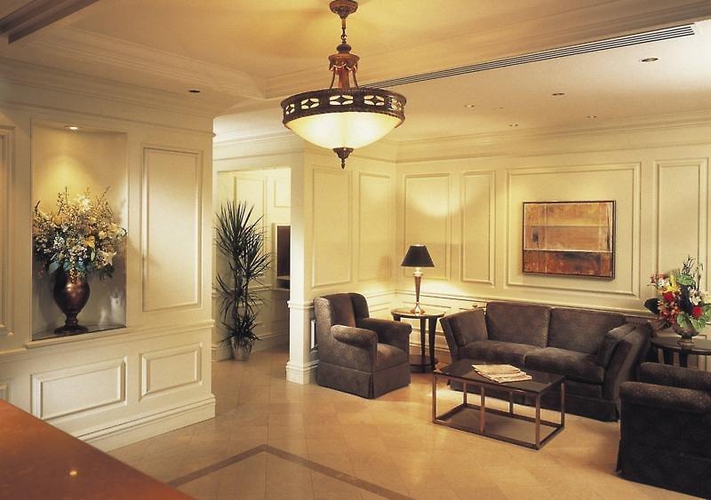 Le Meridien Versailles Lounge/Empfang
