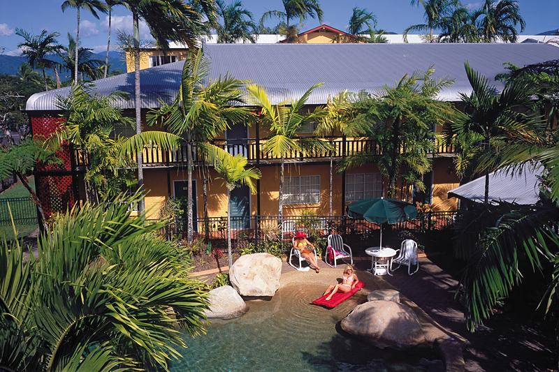 Cairns Queenslander Pool