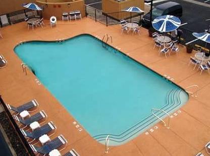 Hampton Inn Lake Havasu City Pool