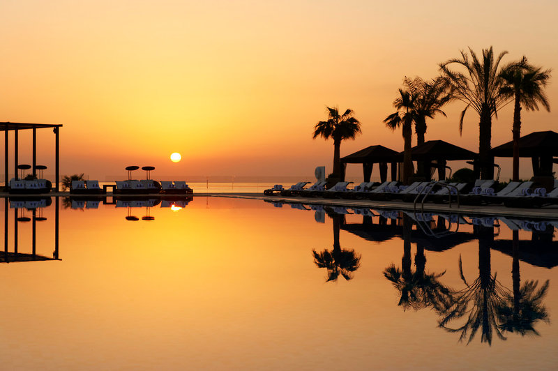 The St. Regis Doha Pool