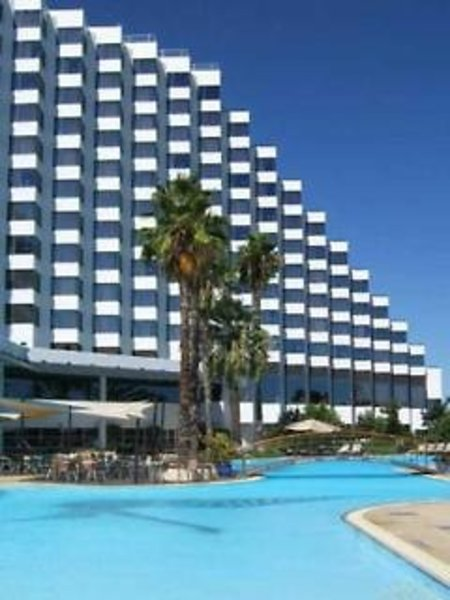 Crown Metropol Perth Pool