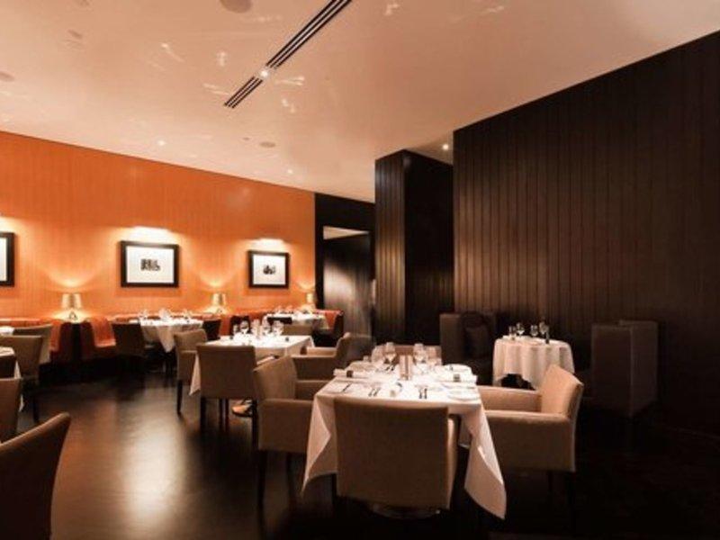 Hilton Surfers Paradise Residences Restaurant