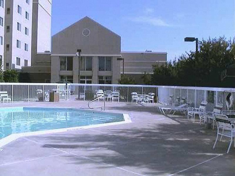 Homewood Suites Dallas - Market Center Pool