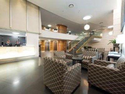 Oaks Aurora Lounge/Empfang