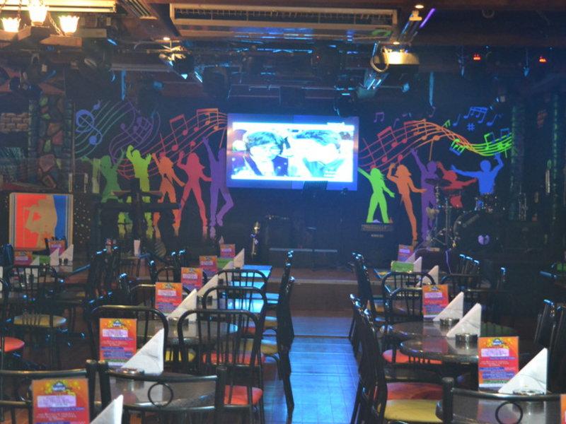 Ramee Guestline Hotel Bar