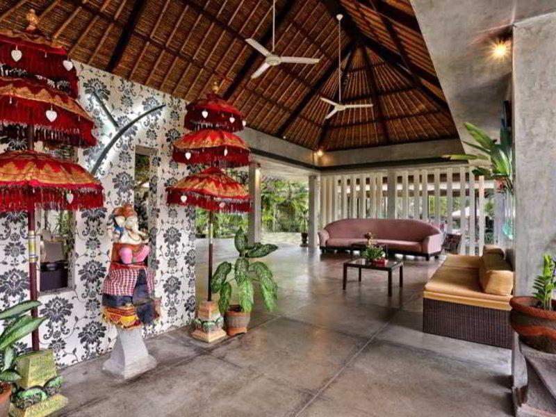 Y Resort Ubud Bar