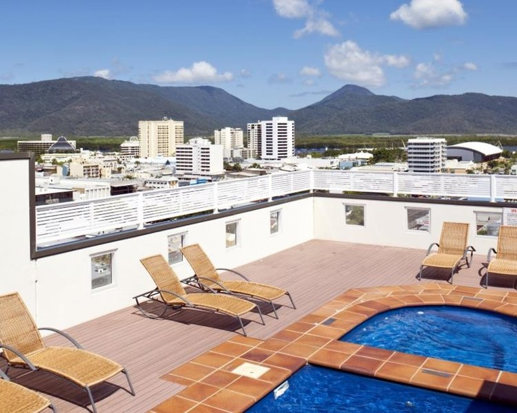Best Western Plus Cairns Central Apartments Pool