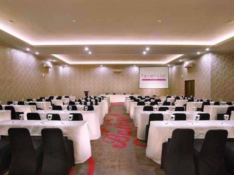 Favehotel PGC Cililitan Konferenzraum