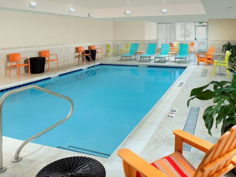 Home2 Suites by Hilton Denver International Airport Pool