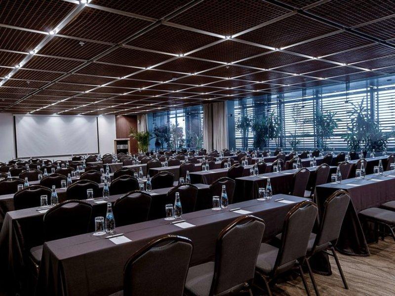 El Pardo DoubleTree by Hilton Hotel Konferenzraum