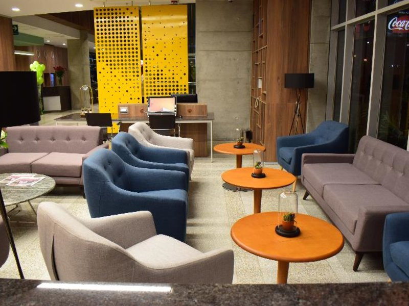 Holiday Inn Lima Airport Lounge/Empfang