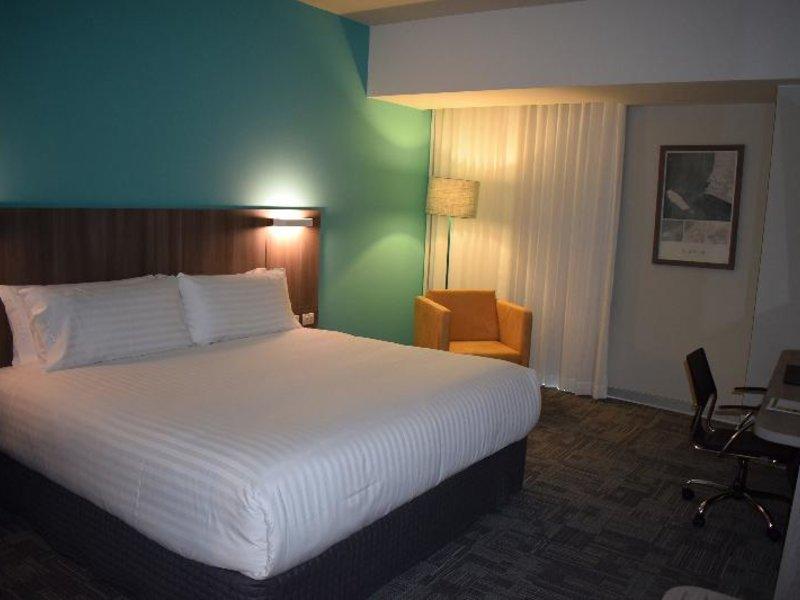 Holiday Inn Lima Airport Wohnbeispiel