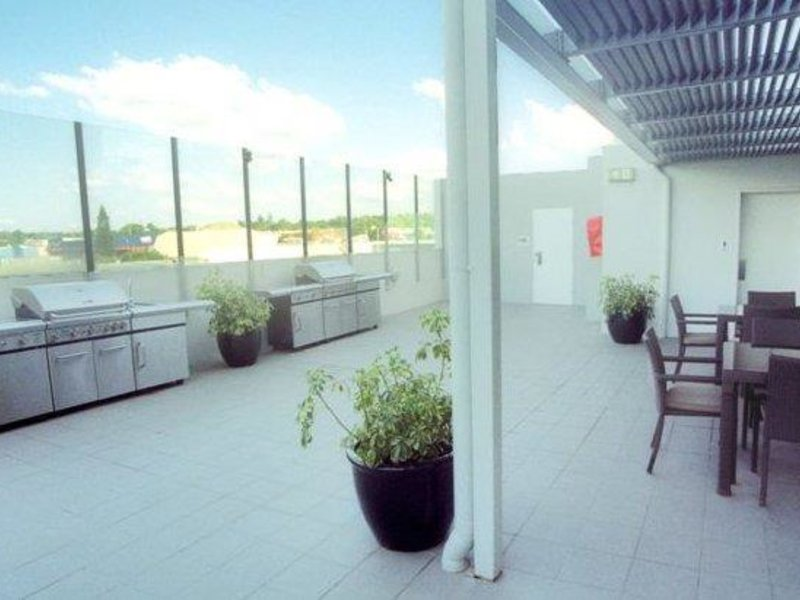 Toowoomba Central Plaza Apartment Hotel Terrasse