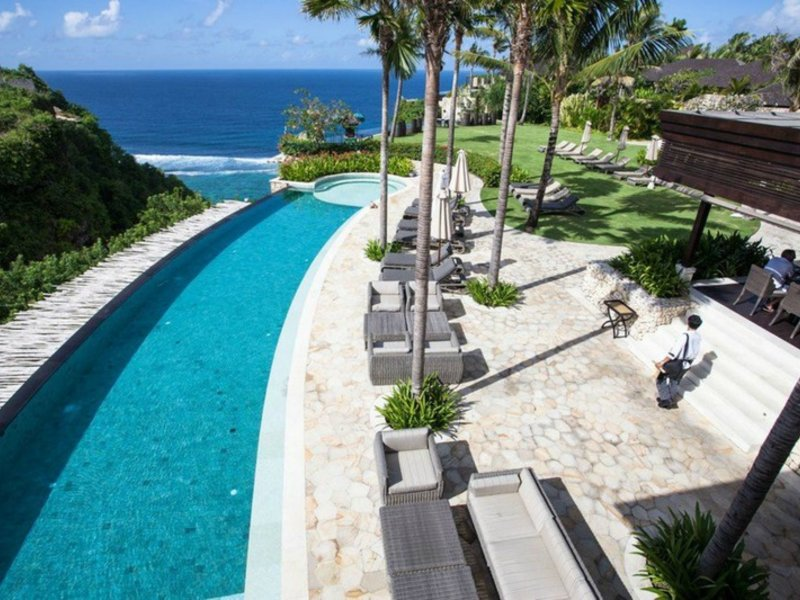 The Ungasan Clifftop Resort Pool