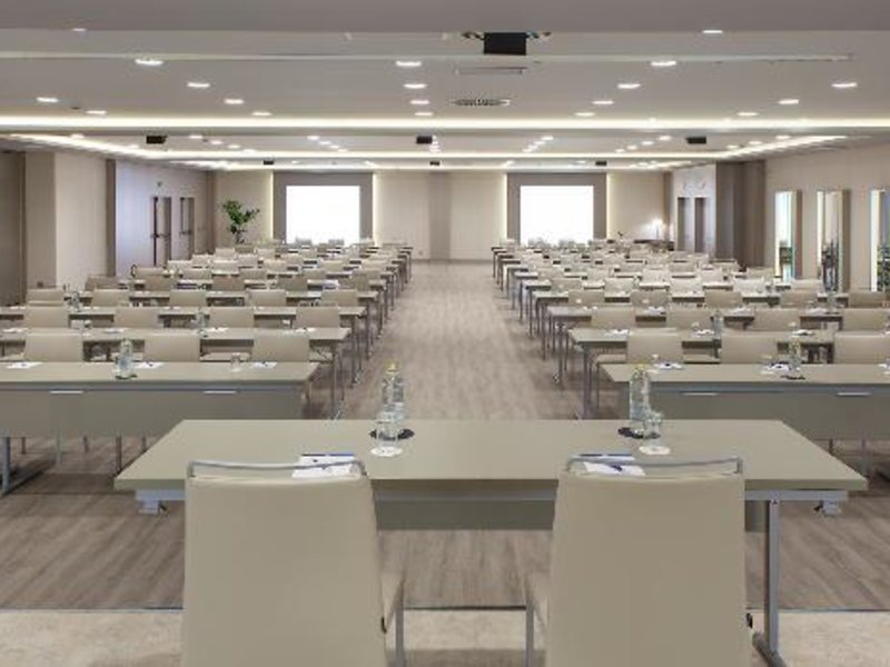 NH Iruna Park Konferenzraum
