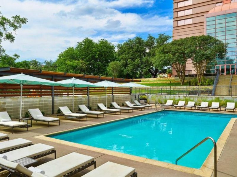 Sheraton Austin at the Capitol Pool