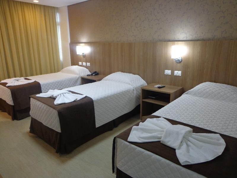 Foz Presidente Comfort Hotel Wohnbeispiel