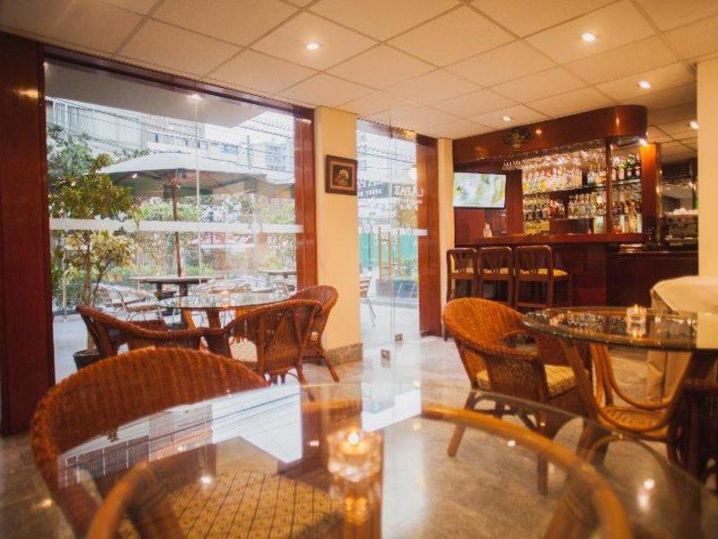 La Paz Apart Hotel Restaurant