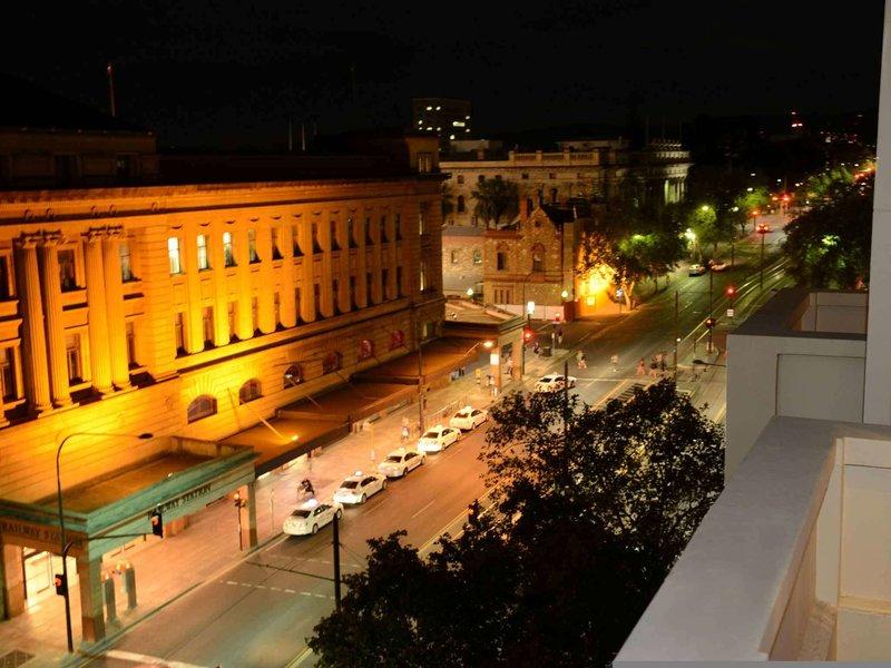 ibis Styles Adelaide Grosvenor Hotel Außenaufnahme