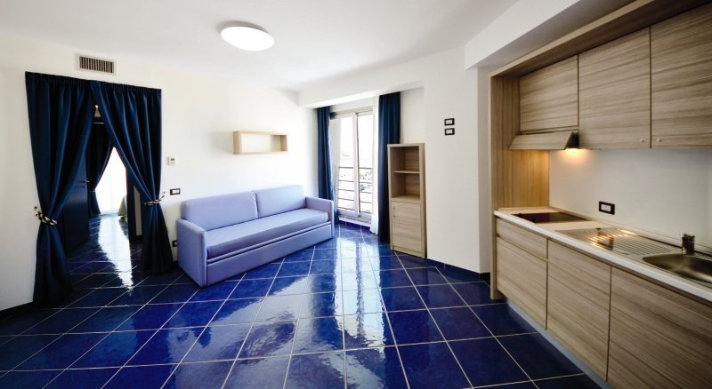 Astro Suite HotelWohnbeispiel