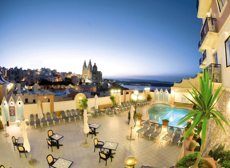 Pergola Club Hotel & SpaLandschaft