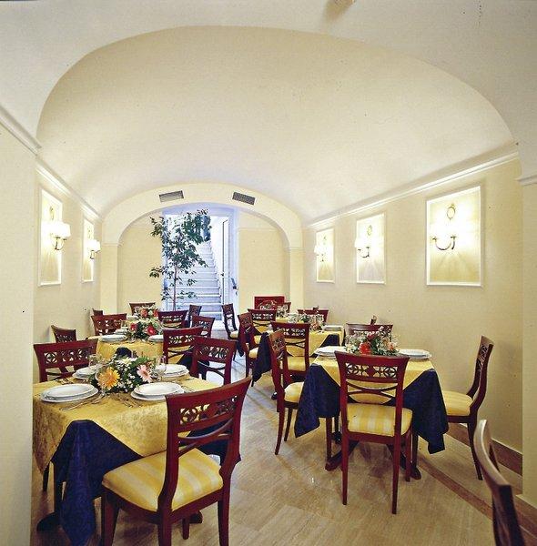 Astoria GardenRestaurant