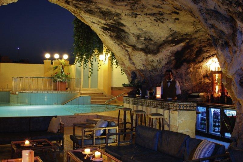 Pergola Club Hotel & SpaBar