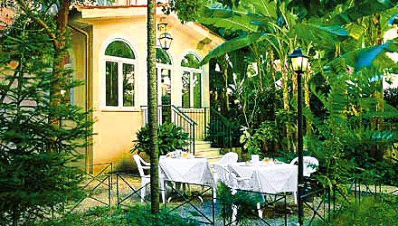 Astoria GardenGarten