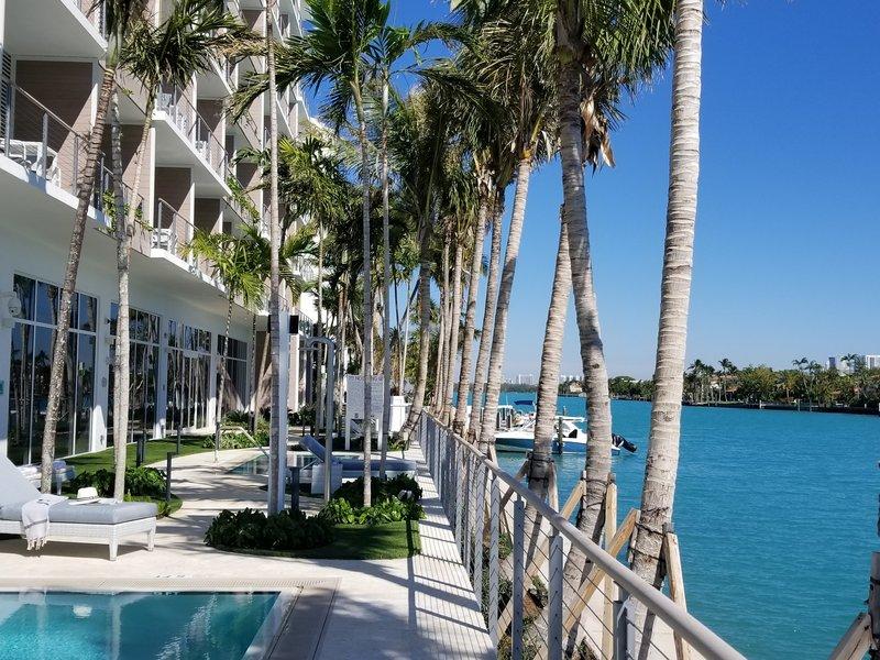 Grand Beach Hotel Bay Harbor Außenaufnahme