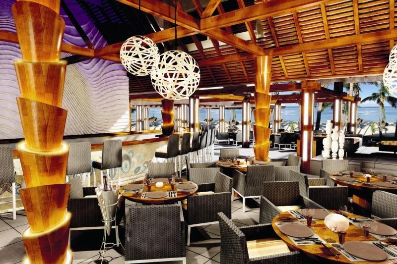 Sugar Beach Golf & Spa ResortBar