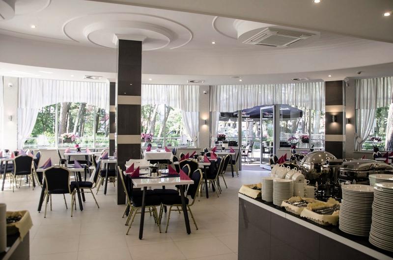 Hotel Grand Kapitan Medi Spa Restaurant
