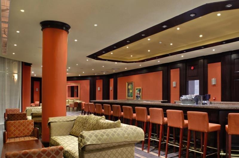 Hilton Sharks Bay Resort Bar