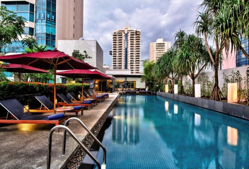 Park Plaza Sukhumvit Bangkok Soi 18 Pool