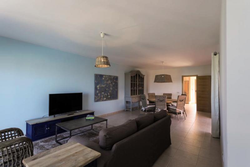 Villas Caleta Beach & Golf Lounge/Empfang