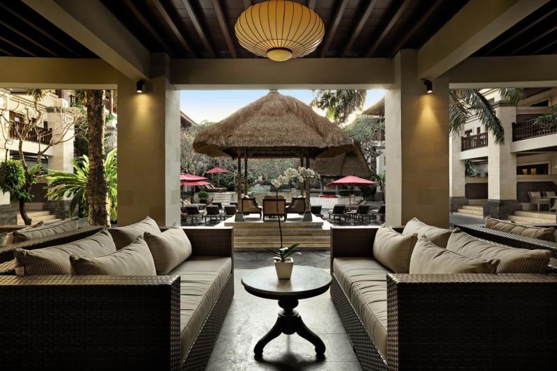 Puri Santrian a Beach Resort & Spa Terrasse