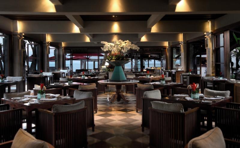 Puri Santrian a Beach Resort & Spa Lounge/Empfang