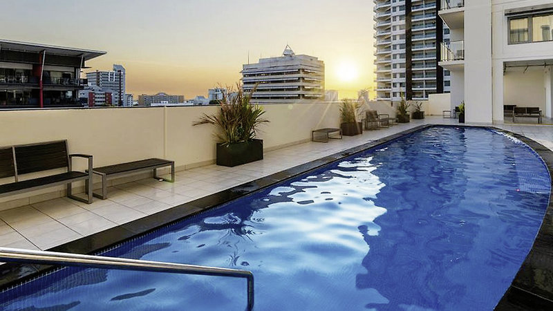 Oaks Elan Darwin Pool