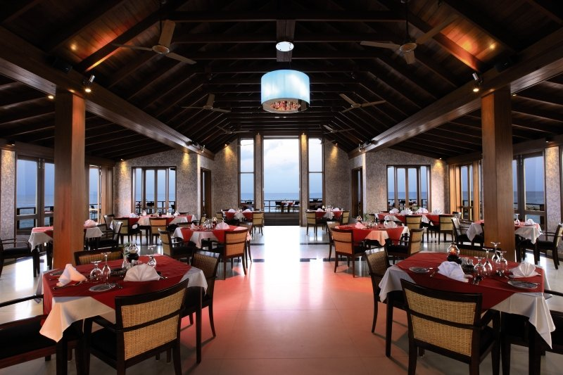 Paradise Island Resort & Spa Restaurant