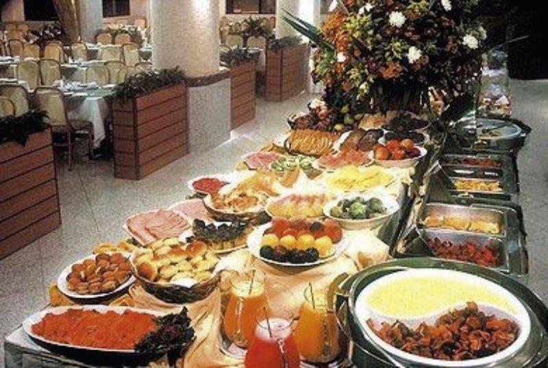 Windsor Excelsior Restaurant