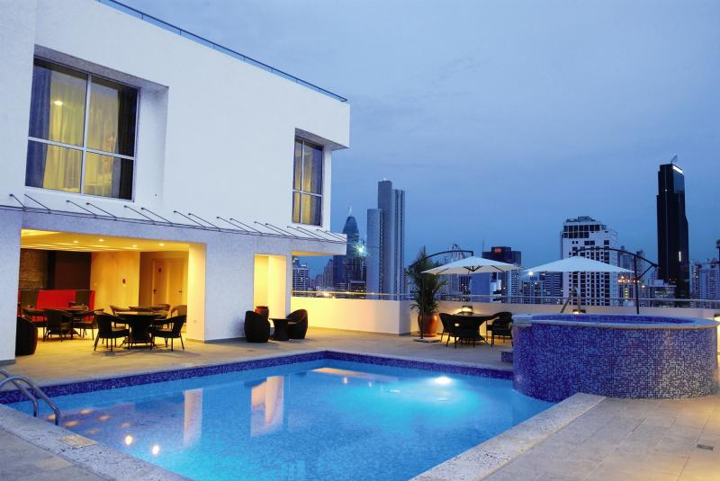 TRYP by Wyndham Panama Centro Pool