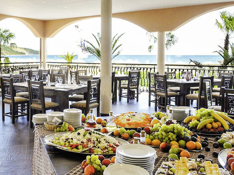 Royal Victoria Club - Andalucia Beach Restaurant